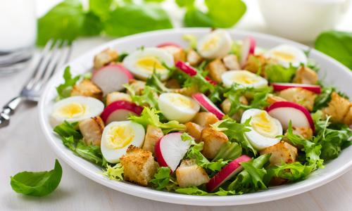 Салаты из редиса с овощами