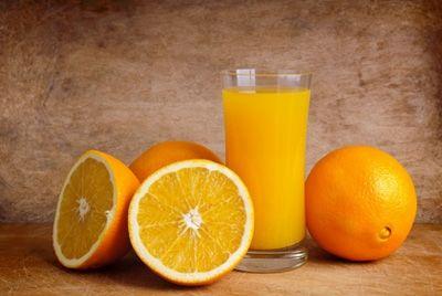 Для здоровья зубов необходимы оранжевые продукты и рыбий жир