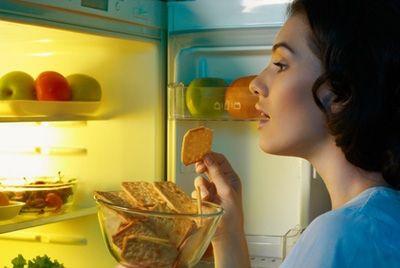 Употребление еды в ночное время чревато развитием диабета и болезней сердца