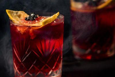 Нью-Йоркский бар создал коктейль Негрони стоимостью 1000$