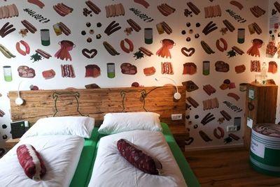 В Германии появился «колбасный» отель