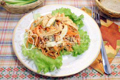 Салат с куриным филе и морковью по-корейски
