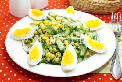 Салат с огурцом и яйцом «Арина»