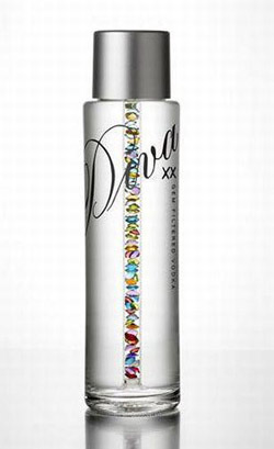 Хороший напиток, ну в очень дорогой таре.  Цена бутылки Diva Vodka...