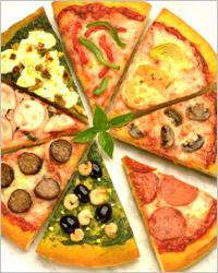 Разные кусочки пиццы