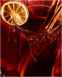 Глинтвейн, согревающий душу напиток