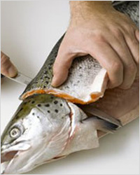 Кухонный нож для рыбы