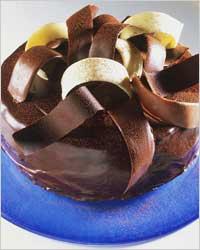 5 способов украшения тортов шоколадом