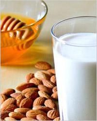 Дрожжевые оладьи на молоке - Еда и кулинарные рецепты.