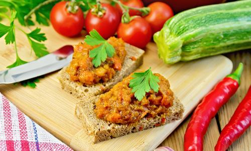 Бутерброды с кабачковой икрой