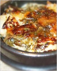 Мясо под омлетом