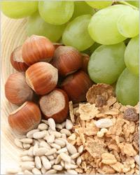 орехи, виноград