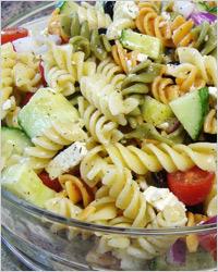 Салат с макаронами по-гречески