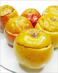 Яблоки, фаршированные творогом