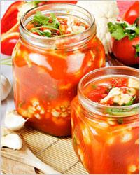 салат из цветной капусты в томатной заливке