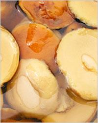 Маслята, маринованные с лимонным соком