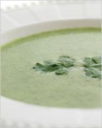 Зелёный суп-пюре из цветной капусты и стручковой фасоли