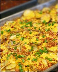 Картофель, запечённый с сыром и беконом