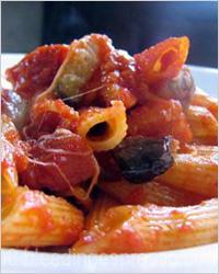Овощной соус для макарон с баклажаном