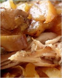 Свинина с яблоками и имбирём