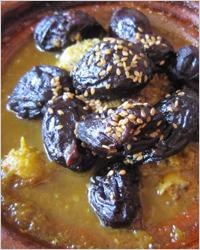 Жаркое из говядины с черносливом в мультиварке