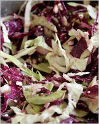 Салат из огурцов и капусты двух видов
