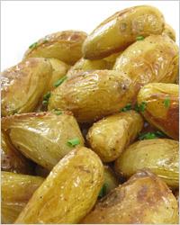 Рыба на пару с гарниром из картофеля в мундире