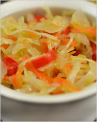 Салат из капусты с перцем без уксуса «Нежный»