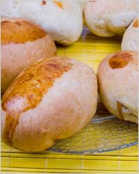 Пирожки с капустой и рисом из дрожжевого теста