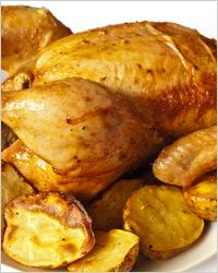 Румяная курица с золотистой корочкой