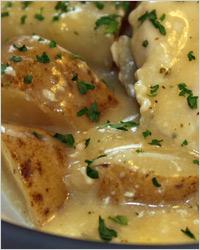 Куриные голени с картофелем в сливках