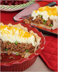 Pie with meat and peas