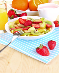 фруктовый салат с апельсиновым соком