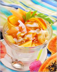 фрукты с карамельным топингом