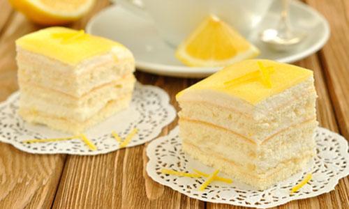 десерты на резных салфетках