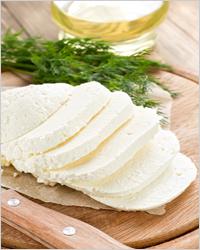 сыр сулугуни с зеленью