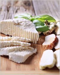 белый сыр сулугуни