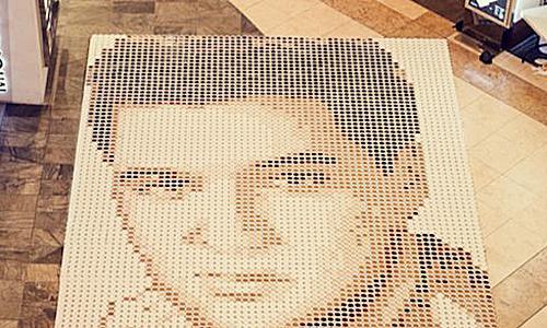 самая большая мозаика из чашек кофе