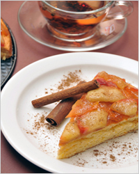 Вкусный яблочный пирог в мультиварке