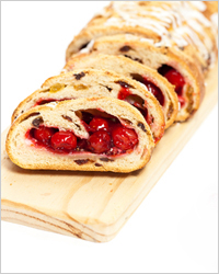 Cherry strudel - which is faster to cook for tea