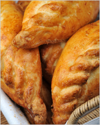 Delicious pies with chicken