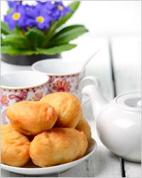 пирожки с чаем