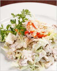 Салат с курицей диетический