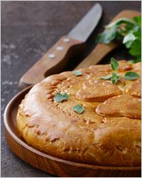 Пирог на кефире с картошкой и сыром