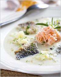 Сырный суп с рыбными консервами
