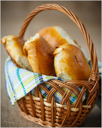 Pies in a basket