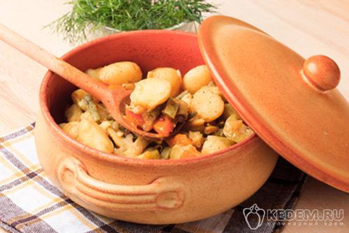 тушёный картофель с фасолью