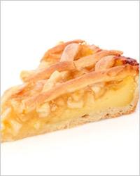 Яблочная шарлотка на бисквитном тесте с бренди