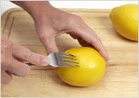 Как отжать лимонный сок 01