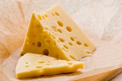 Выпуск сыра в Украине уменьшился на треть